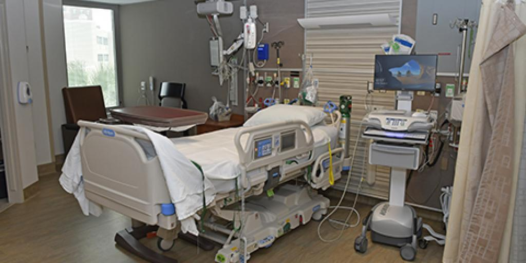 The renovation and expansion of the Ralph H. Johnson VAMC Intensive Care Unit (ICU) increased the size of the patient rooms and updated to state-of-the-art technology. Photo by Michael Romeo.