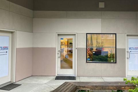 Front door of Bellingham Vet Center.